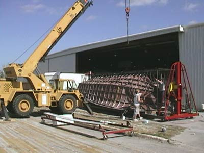 Hull mold steel frame with box truss on an H.M.P.S. 16000 lbs unit.